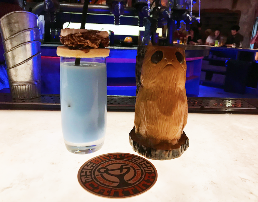 Drinks from Oga's Cantina - Blue Bantha & Cliff Dweller (both non-alcoholic because photos)